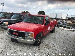 1995 GMC Sierra Pick-up Truck #90388 (Lot 11)